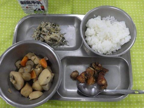 刑務所の朝飯