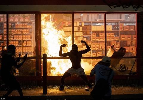 アメリカで暴動