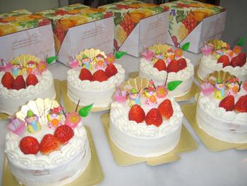 2010ひな祭りケーキ