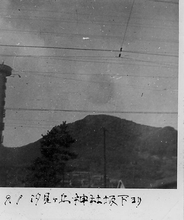 汐見ヶ丘神社坂より山