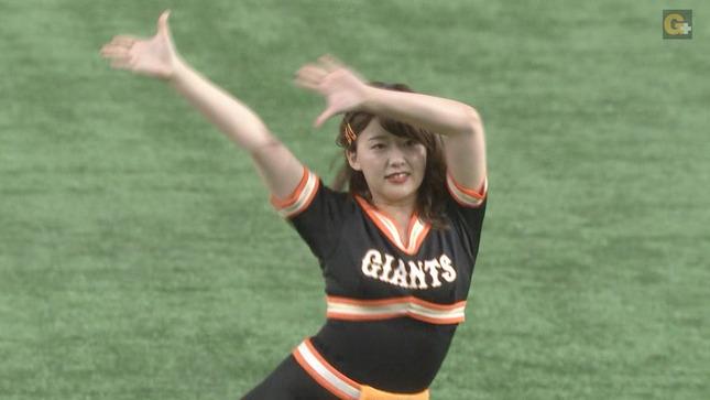 尾崎里紗 プロ野球「巨人×広島」 5
