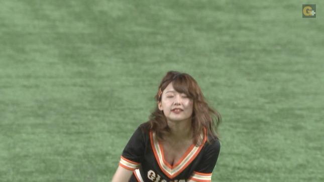 尾崎里紗 プロ野球「巨人×広島」 6