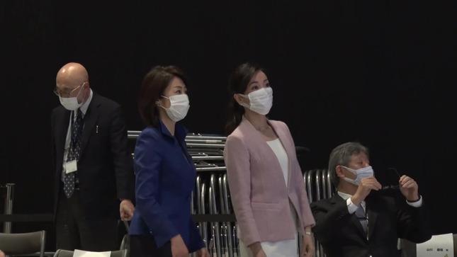 大江麻理子 WBS春の改編発表会見 11