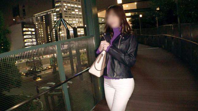 信用金庫で働く彼女の応募理由は『SEXが好き過ぎて…』2
