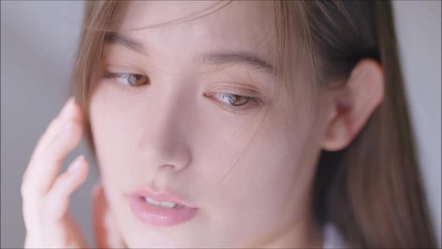 トラウデン直美 アネッサ(ANESSA) 2