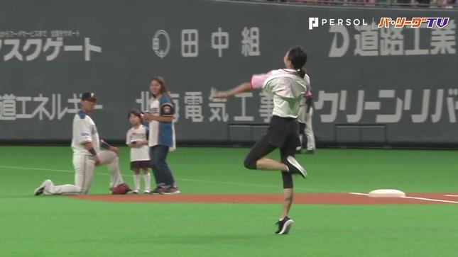 畠山愛理 日本ハム-巨人 始球式 13