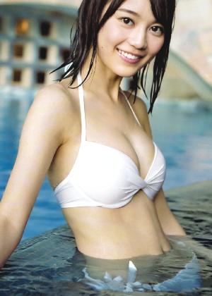 【画像35枚】乃木坂46・生田絵梨花ちゃんの清純可憐なグラビア