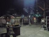 夜のガラス工房