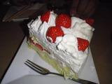 何故かケーキ♪