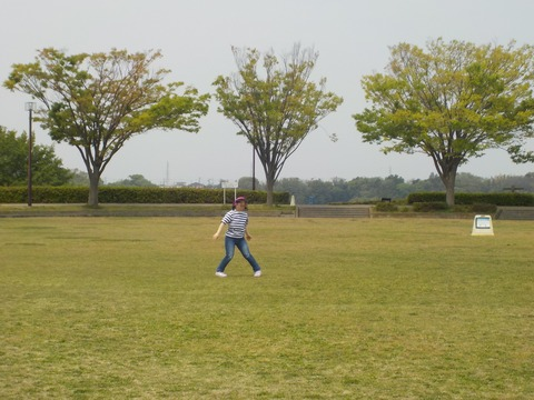 東俣野中央公園での踊り