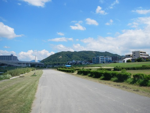 猪名川から五月山