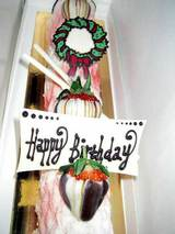 お誕生日は苺ケーキ