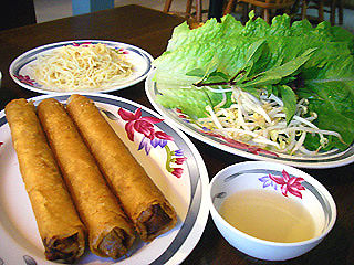ベトナム料理屋さんへ