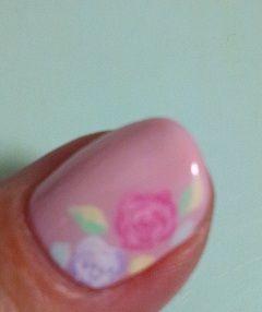 nail-roses