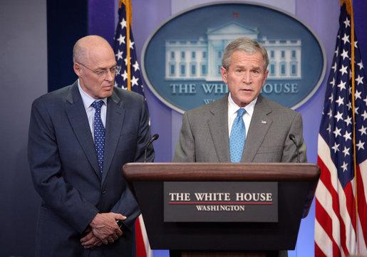 ブッシュ大統領とポールソン長官
