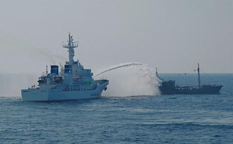 大和堆で北朝鮮漁船1100隻を排除、海上保安庁が発表