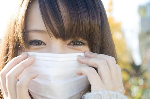 「マスクをしての接客は失礼だ!」とクレーム。店員は「客から病気もらいたくない」ネットで大議論に