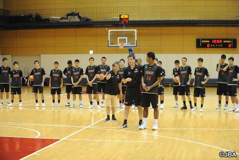 【期待の星】高1で205センチ、日本バスケ界期待の男。静岡学園・市川真人  2ch、ヤフコメ民の反応