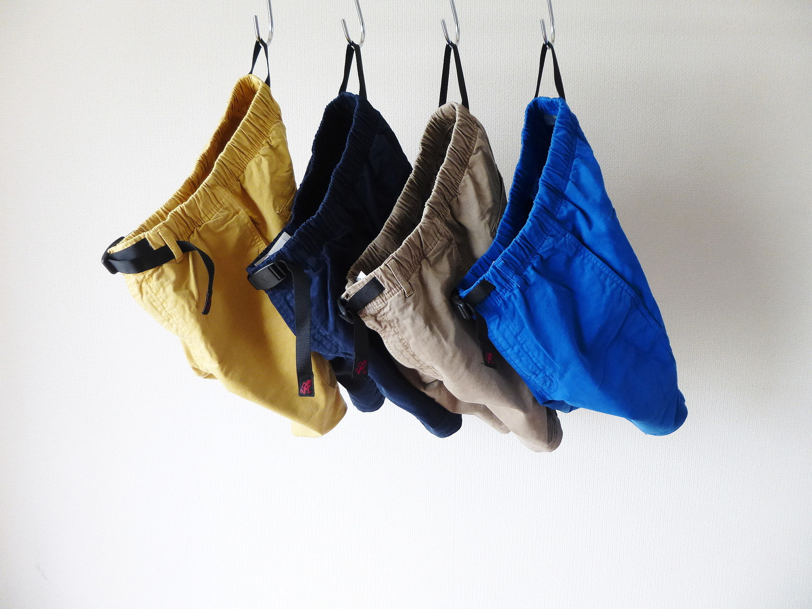 パンツスーツ エロ画像