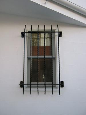 Window grid