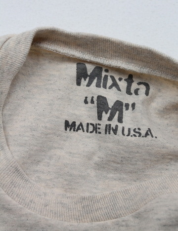 MIXTA Crew Neck with Pocket OATMEAL (4)