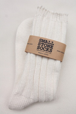 Small Stone Big Rib Crew WHITE (3)