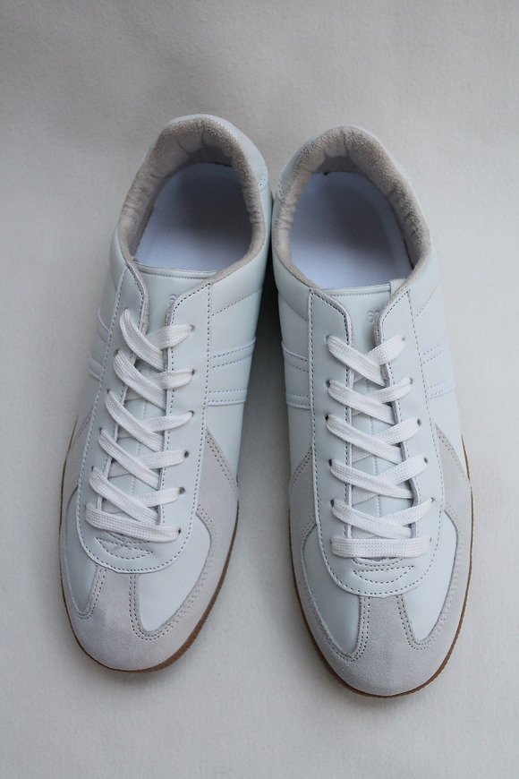 German Trainer WHITE