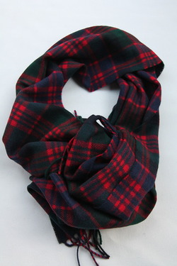 Highland Tweeds Macdonald Stole (5)