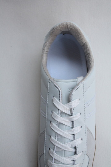 German Trainer WHITE (5)
