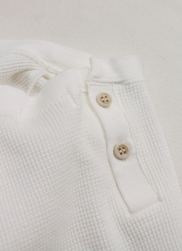 MAXOU Cotton  Waffle V&Button Neck WHITE (5)
