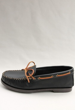 MINNETONKA Camp Moc BLACK (4)
