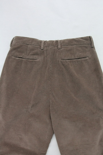 Riccard Metha Cordhuroy 1 Tuck Wide Trousers BEIGE (4)