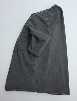 MIXTA Crew Neck with Pocket (2)