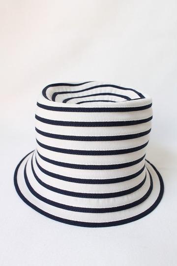 ARMEN Small Brim Tape Hat Navy x White