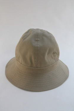 Au Vrai Chic BRITAIN Dome Hat Sanded Twill BEIGE