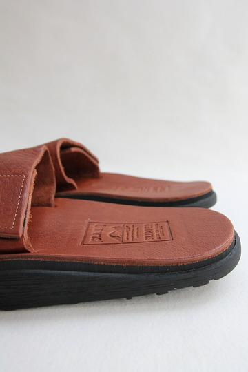 ISLAND SLIPPER Vabh TOBACCO (9)
