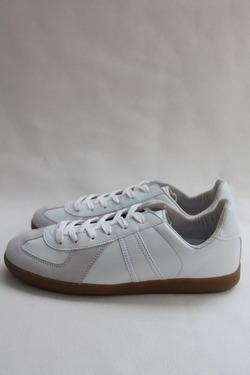 German Trainer WHITE (4)