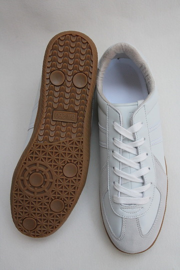German Trainer WHITE (6)