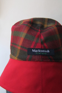 Francis Campelli Mackintosh RED (2)