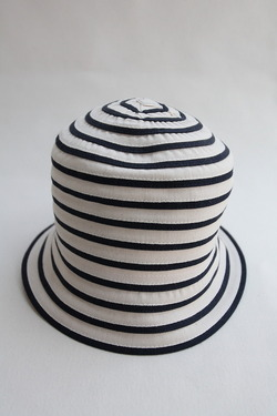ARMEN Small Brim Tape Hat Navy x White