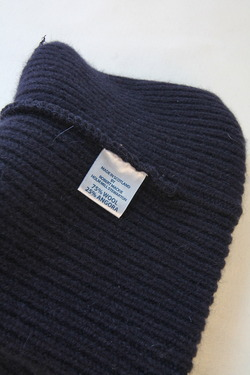 Robert Mackie Barra Rib Hat NAVY (2)