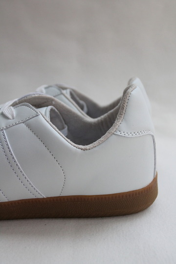German Trainer WHITE (7)