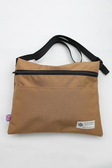Alderney Sacoche Man Bag COYOTE BROWN