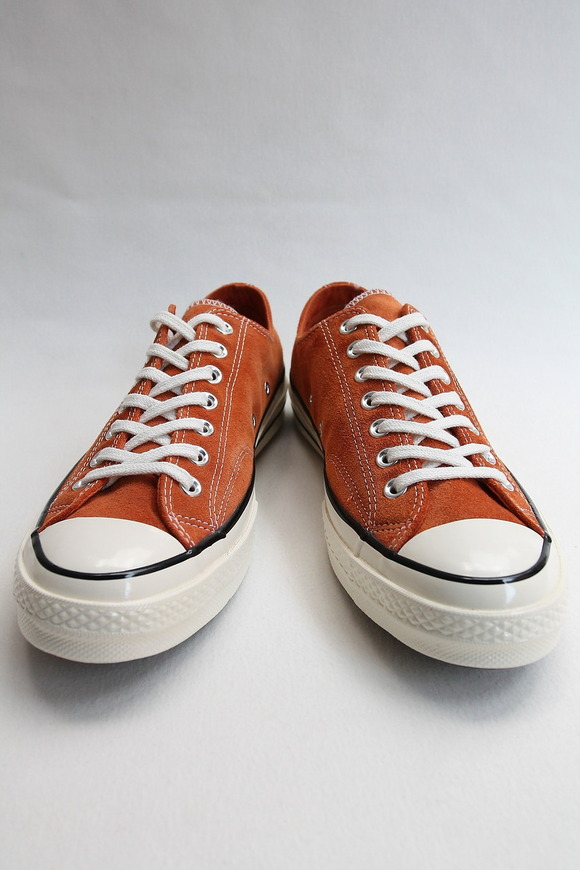 CONVERS CT 70 Lo Suede ORANGE (2)
