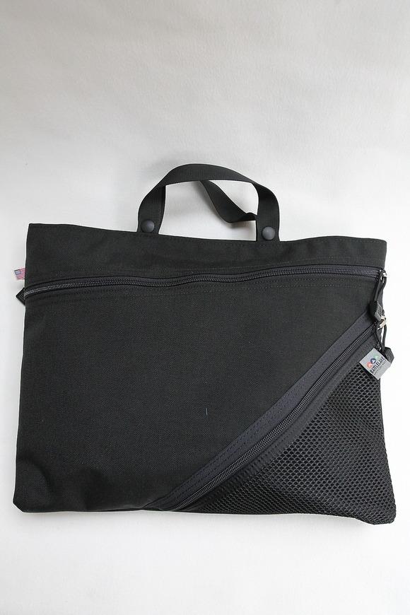 Battle Lake Open & Shut Briefcase BLACK