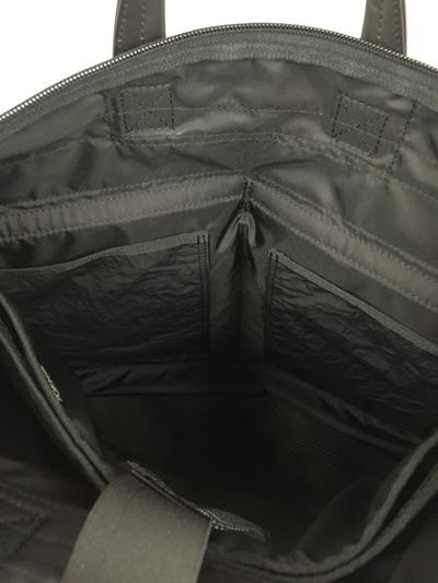 Wrinkles Helmet Bag6