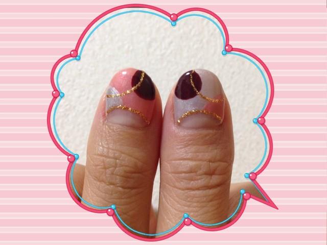 上品かわいい親指ネイル
