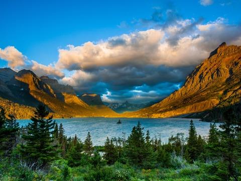 Đi bộ với một hướng dẫn Alaska