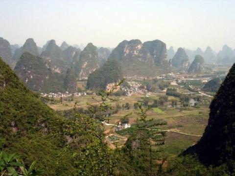 yangshuo-moon-hill-views