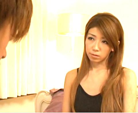 家にやってきた優夏は年齢の割りに綺麗で、武はひと目見て異性として好意を抱いてしまう